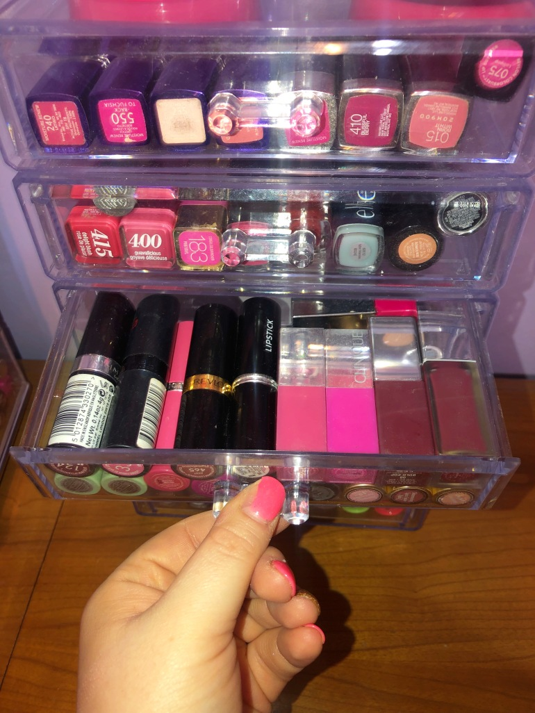 lip stick drawer 1